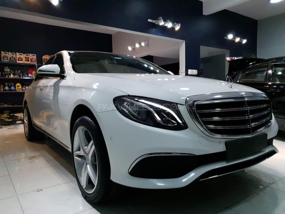 Mercedes Benz E Class Estate E 200 2017 Image-1