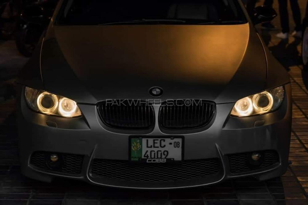 BMW 3 Series - 2008  Image-1