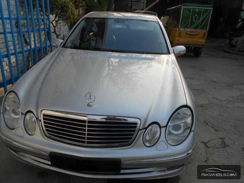 Mercedes benz e class e220 2005 for sale in lahore pakwheels for Mercedes benz e class 2005