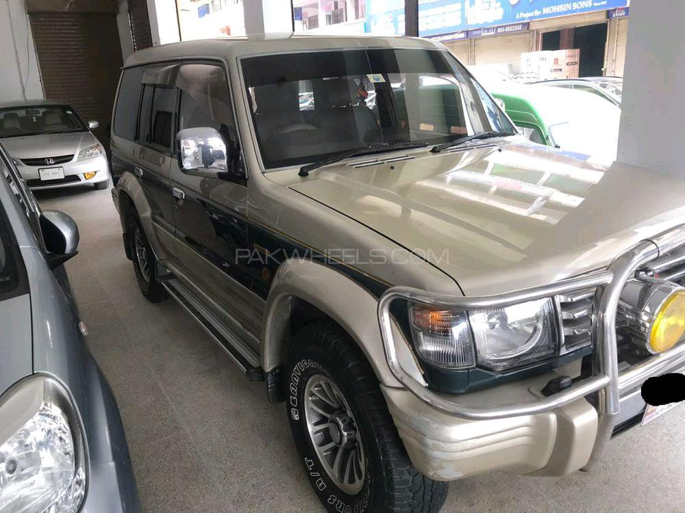 Mitsubishi Pajero Exceed Automatic 2.8D 1994 Image-1