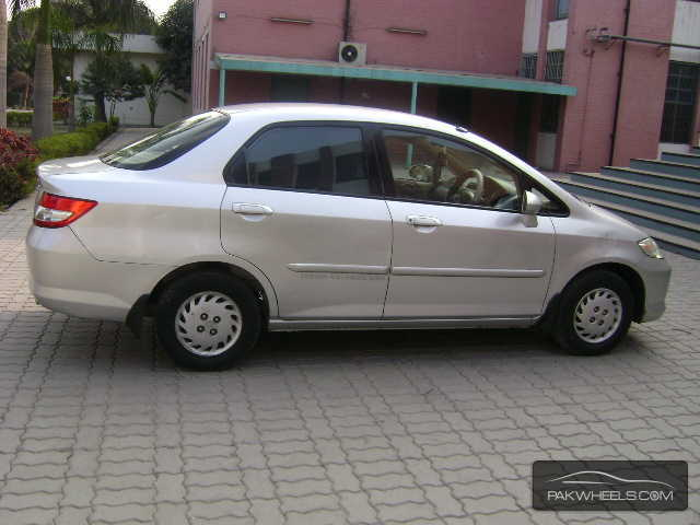 honda city i dsi 2005 for sale in lahore pakwheels