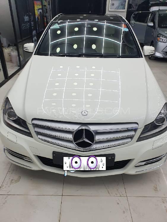 Mercedes Benz C Class C250 2011 Image-1