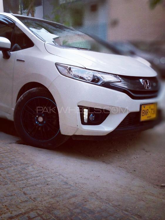 Honda Fit - 2015  Image-1