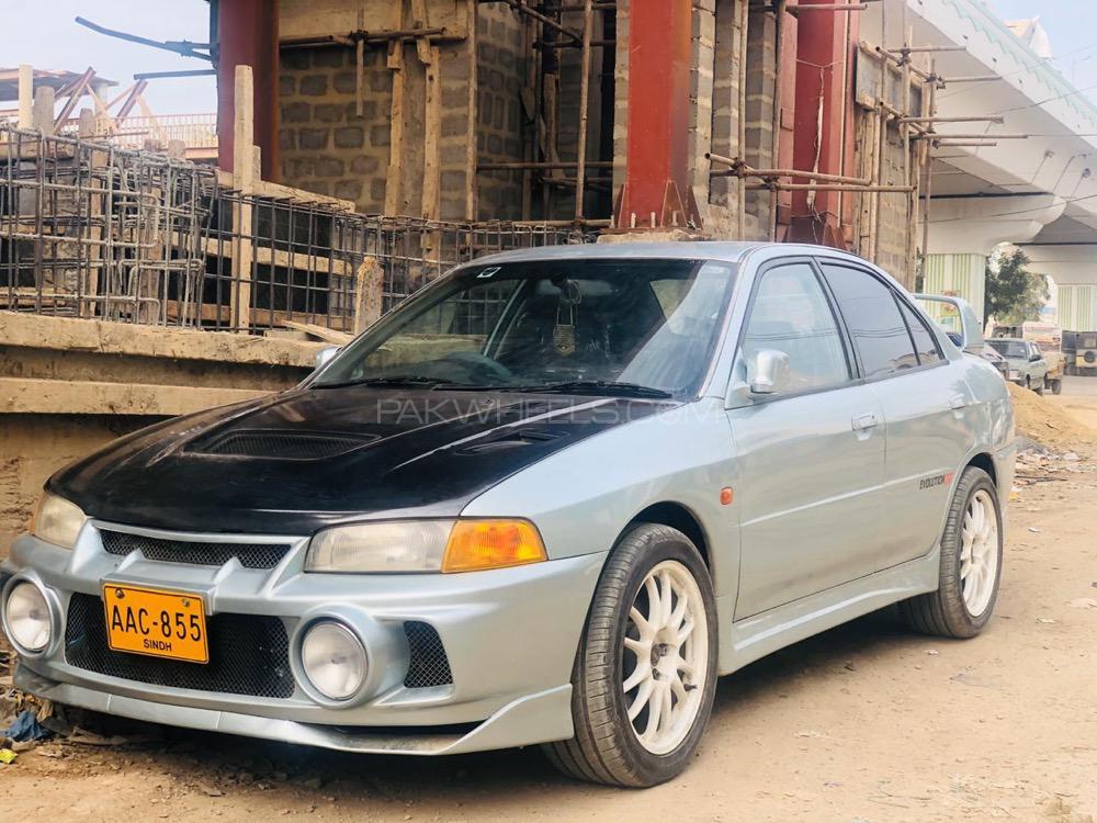 Mitsubishi Lancer Evolution - 1997  Image-1