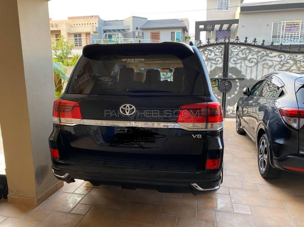 Toyota Land Cruiser AX 2016 Image-1