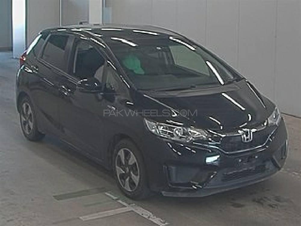 Honda Fit 1.5 Hybrid L Package 2017 Image-1