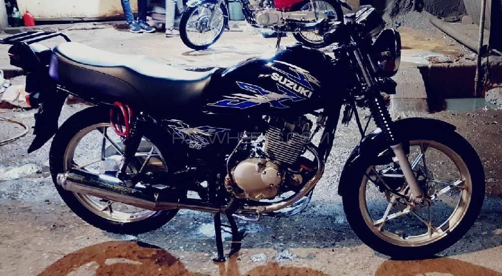 Used Suzuki GS 150 SE 2017 Bike for sale in Peshawar