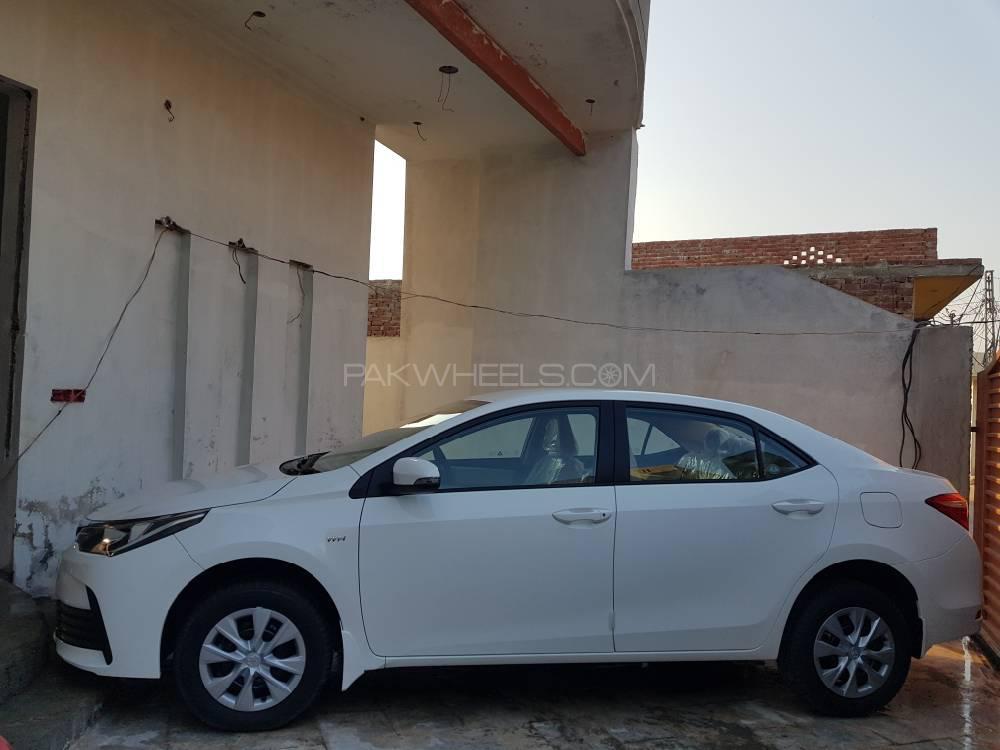 Toyota Corolla - 2020 XLI AT Image-1