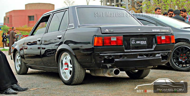used toyota corolla 1982 car for sale in peshawar 832755 pakwheels. Black Bedroom Furniture Sets. Home Design Ideas