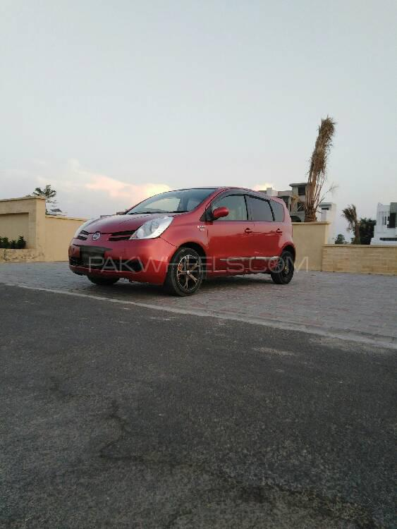 Nissan Note 2014 Image-1