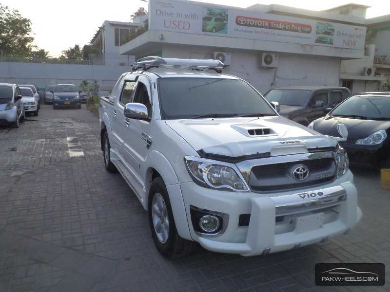 Toyota Hilux Vigo Champ Grade G 2011 for Sale - 4218542