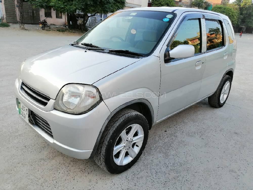 Suzuki Kei 2012 Image-1