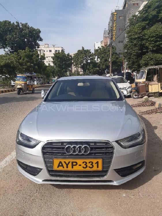 Audi A4 1.8 TFSI 2013 Image-1