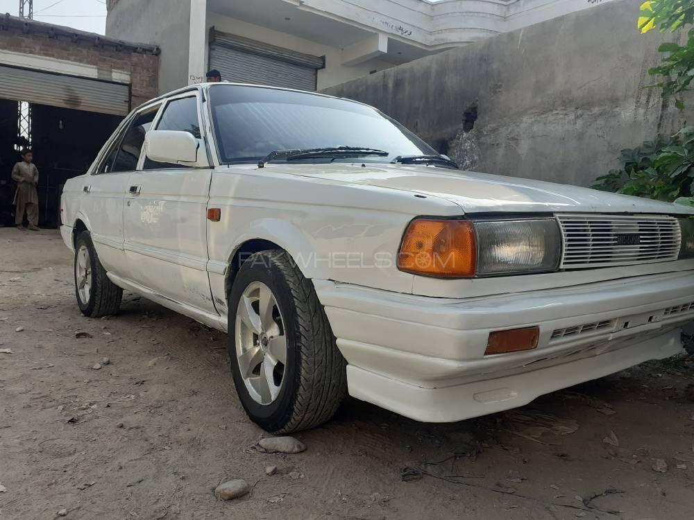 Nissan Sunny 1989 Image-1