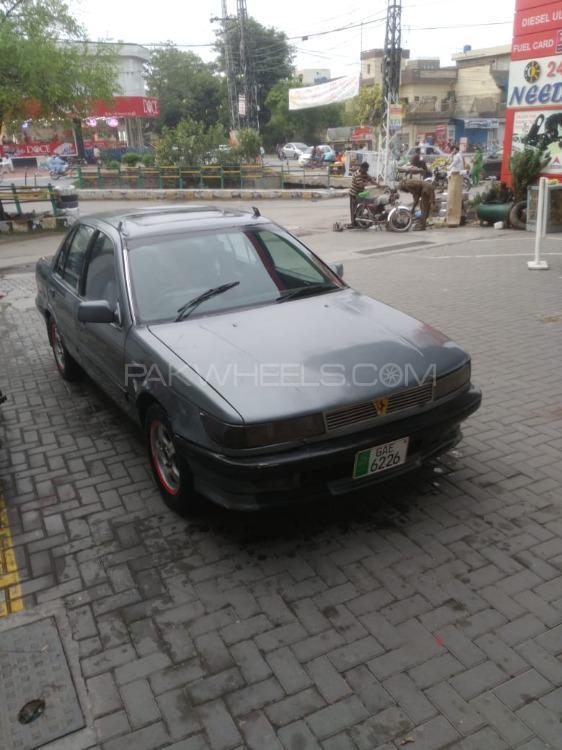 Mitsubishi Lancer GLX 1.3 1989 Image-1
