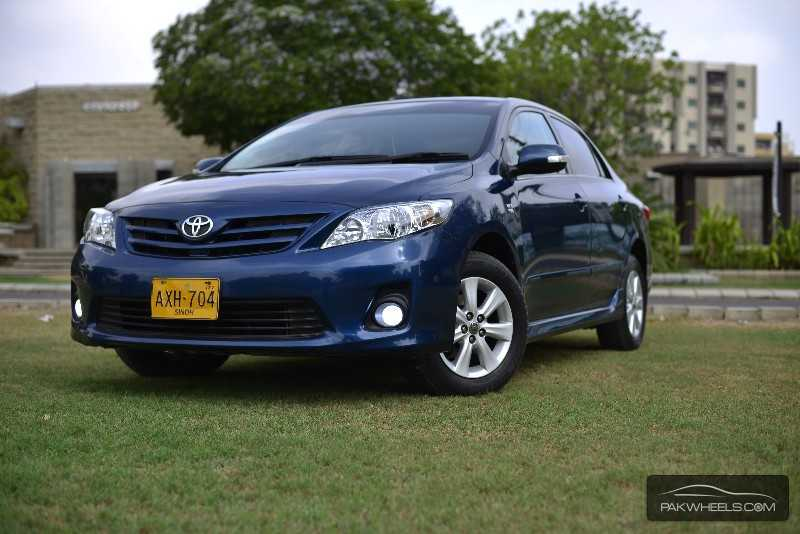 toyota corolla altis automatic 1 6 2012 for sale in karachi pakwheels. Black Bedroom Furniture Sets. Home Design Ideas