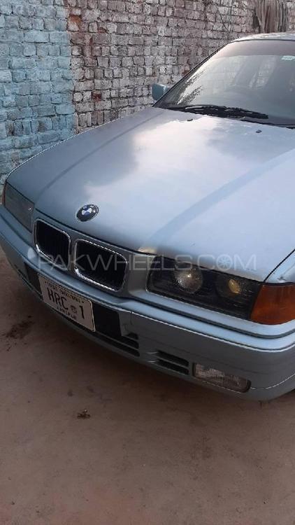 BMW 3 Series 316i 1991 Image-1