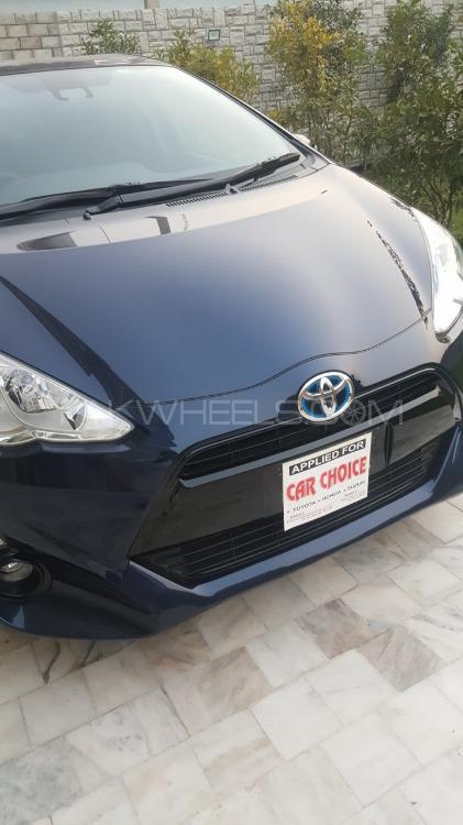 Toyota Aqua S 2017 Image-1