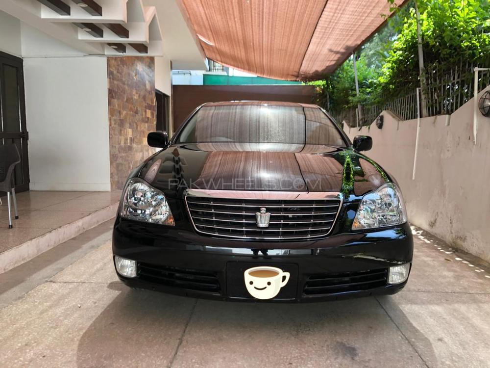 Toyota Crown Royal Saloon G 2004 Image-1