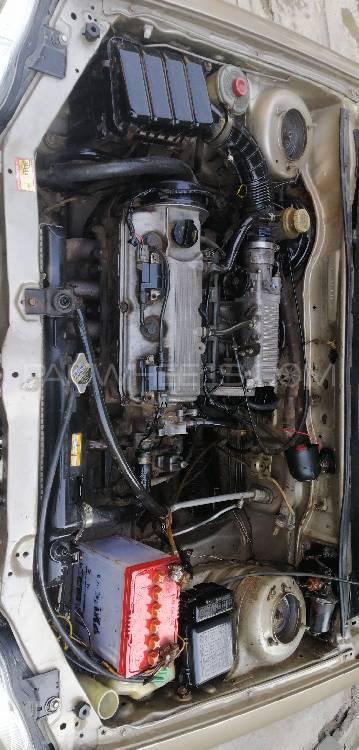 Suzuki Baleno GLi 2005 Image-1