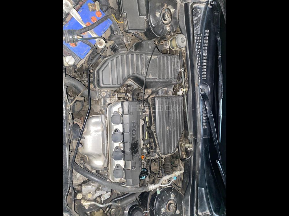 ہونڈا سِوک VTi اوریئل پروسمیٹک 1.8 i-VTEC 2006 Image-1