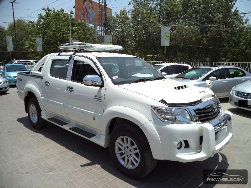 Toyota Hilux Vigo Champ G 2014 for sale in Karachi  PakWheels