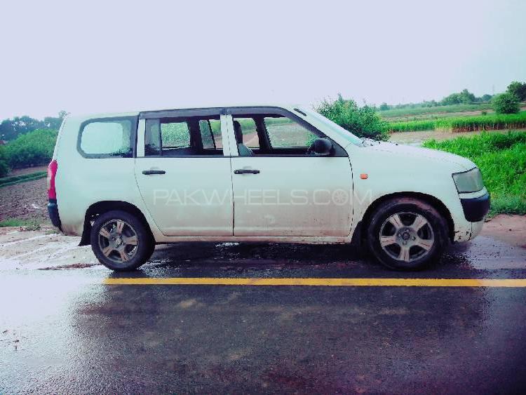Toyota Probox 2011 Image-1