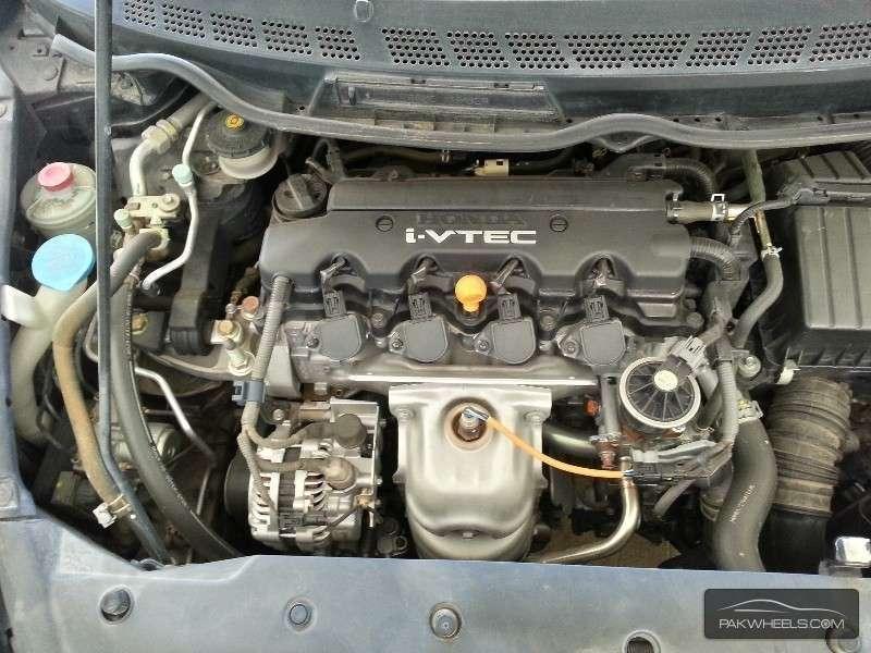 Honda Civic VTi Oriel Prosmatec 1.8 i-VTEC 2012 Image-9