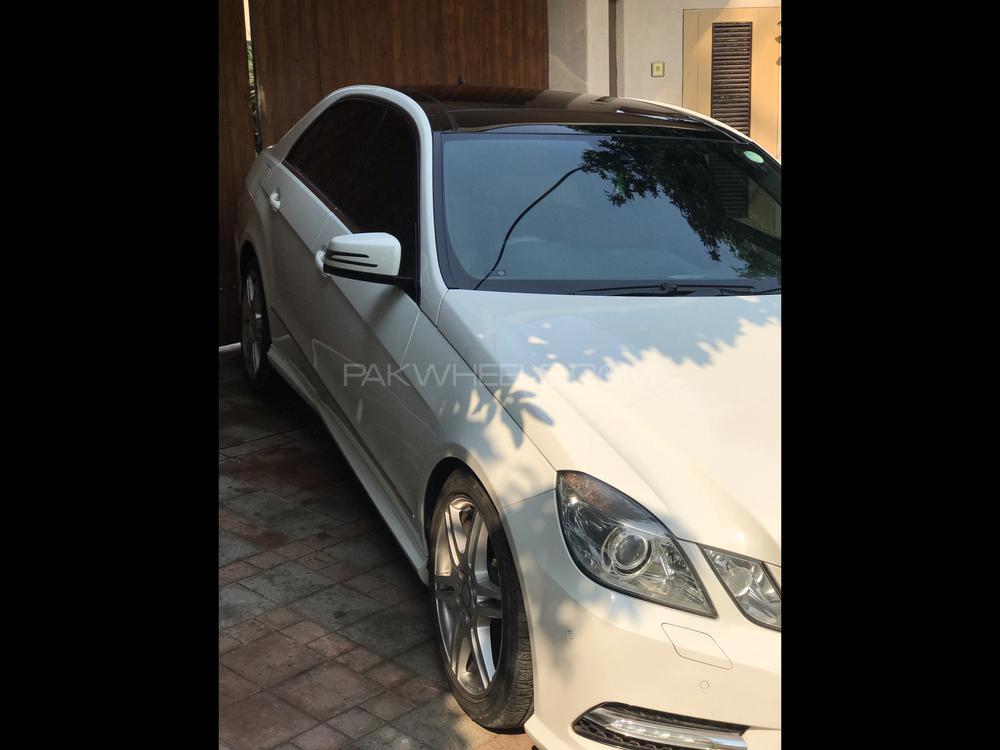 Mercedes Benz E Class E250 2013 Image-1