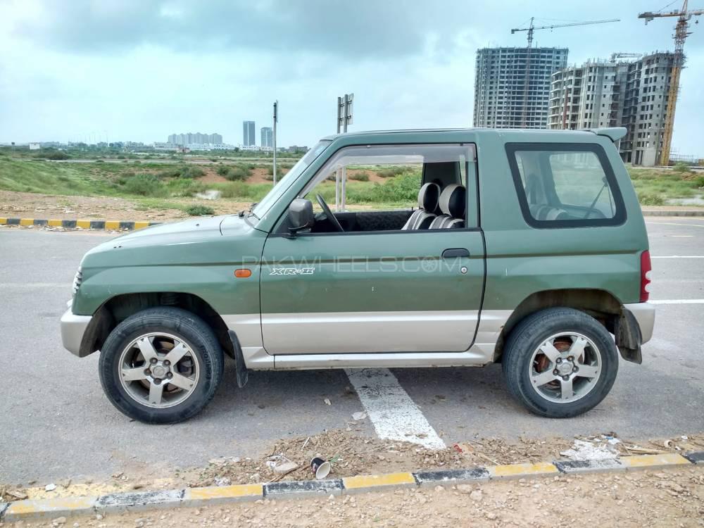 Mitsubishi Pajero Mini XR 1997 Image-1