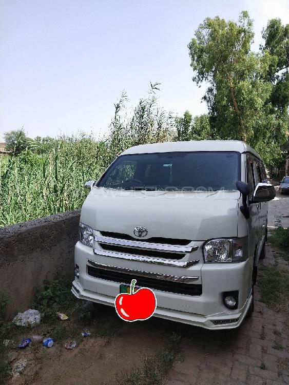 Toyota Hiace Standard 2.7 2013 Image-1