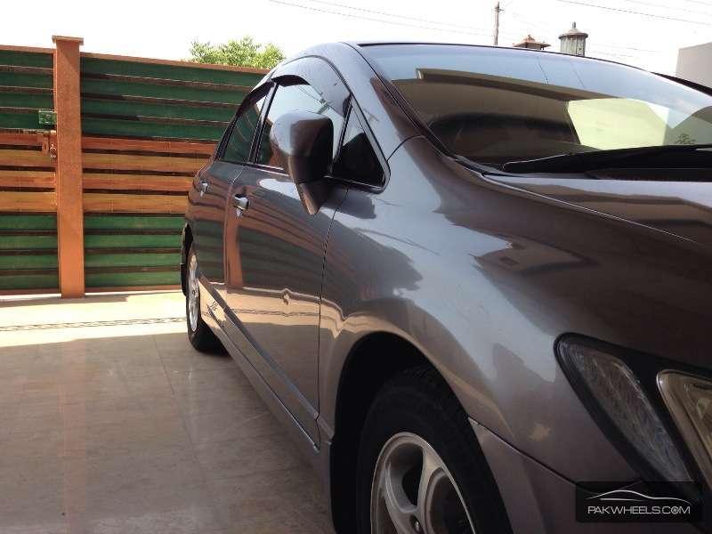 Honda Civic VTi Oriel 1.8 i-VTEC 2008 Image-2