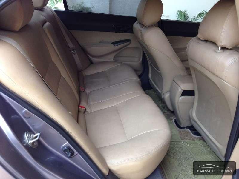 Honda Civic VTi Oriel 1.8 i-VTEC 2008 Image-6