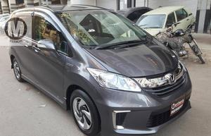Used Honda Freed Hybrid 2015