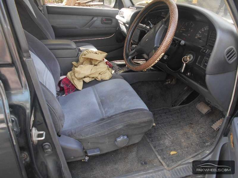 Toyota Land Cruiser 1993 Image-4