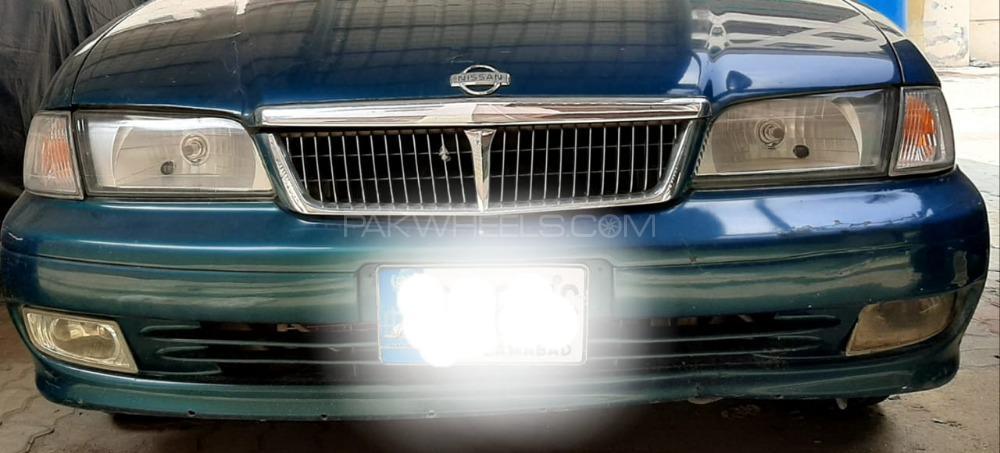 Nissan Sunny EX Saloon 1.6 2004 Image-1