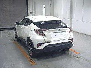Toyota C-HR 2018 Image-1