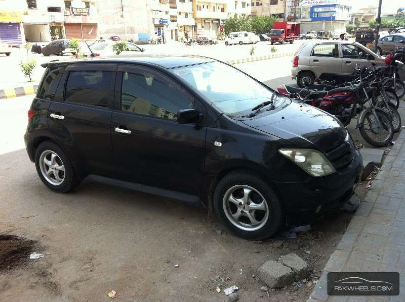 used toyota ist g 2004 car for sale in karachi   875704