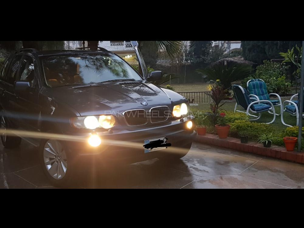 BMW X5 Series 2003 Image-1