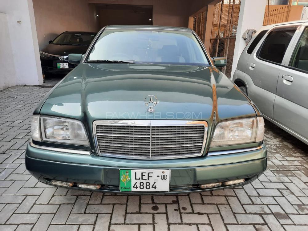 Mercedes Benz C Class C220 1995 Image-1