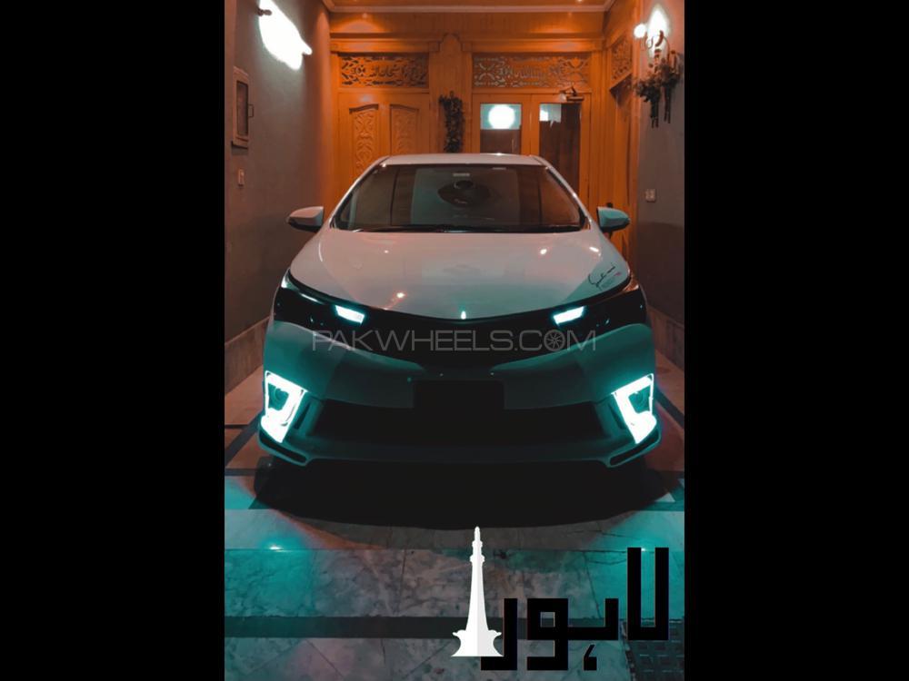 Toyota Corolla Altis Automatic 1.6 2015 Image-1