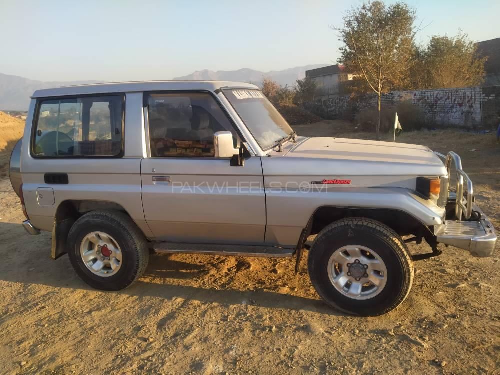 Toyota Land Cruiser LX Turbo 1986 Image-1