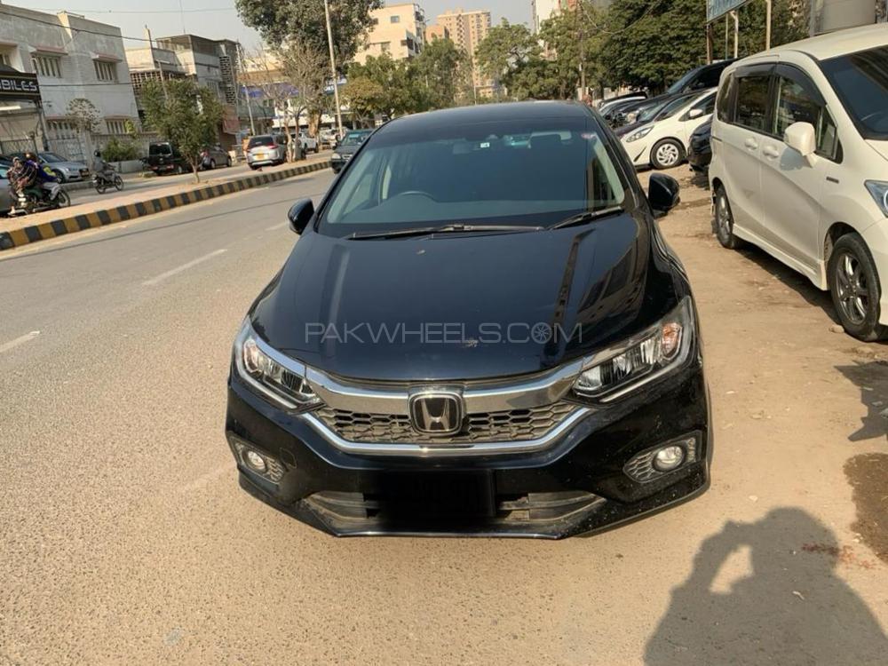 Honda Grace Hybrid LX 2018 Image-1