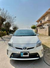 Used Toyota Prius S LED Edition 1.8 2014