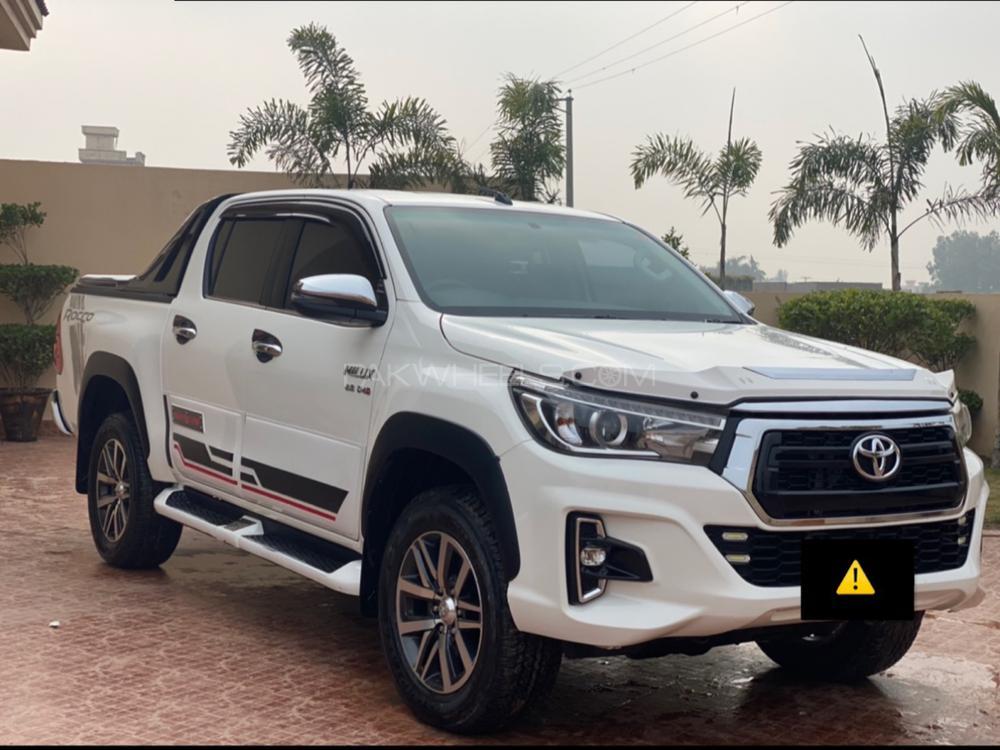 Toyota Hilux 2019 Image-1