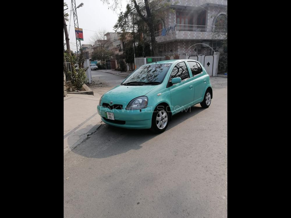 Toyota Vitz F 1.0 1999 Image-1