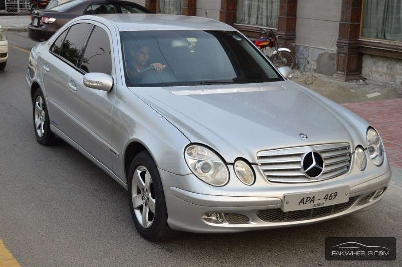 mercedes benz e class e220 cdi 2003 for sale in lahore. Black Bedroom Furniture Sets. Home Design Ideas