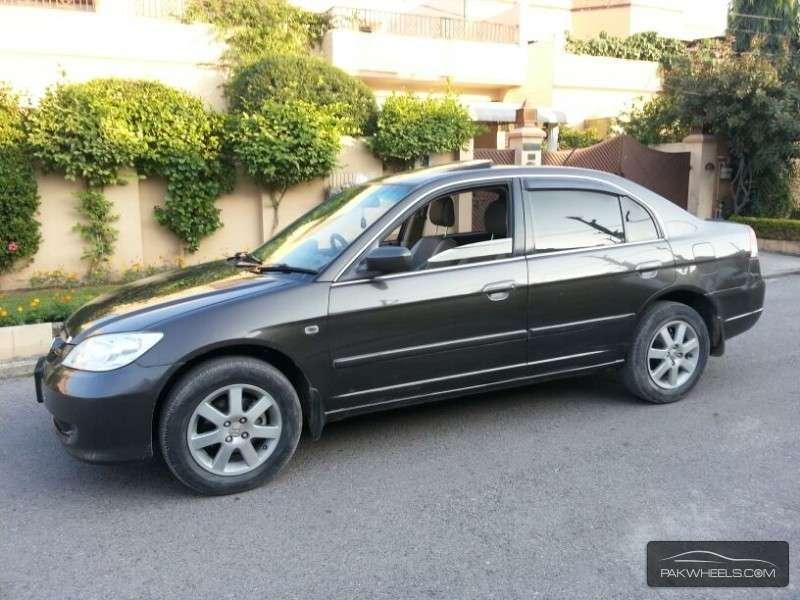 Honda Civic VTi Oriel 1.6 2005 Image-1