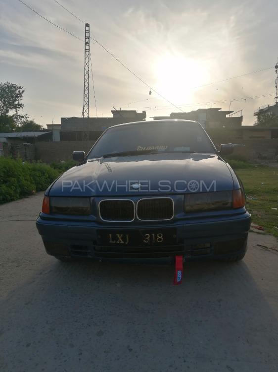 BMW / بی ایم ڈبلیو 3 سیریز 318i 1997 Image-1