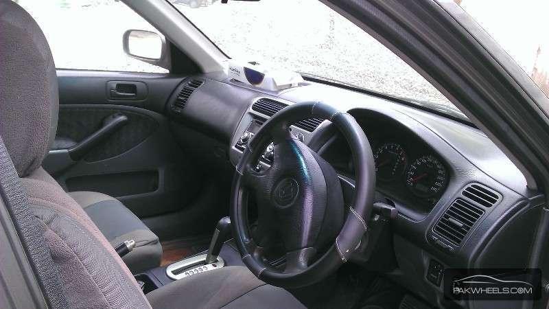 Honda Civic VTi Prosmatec 1.6 2001 Image-3